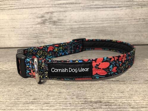 Poppy's in the night Dog Collar