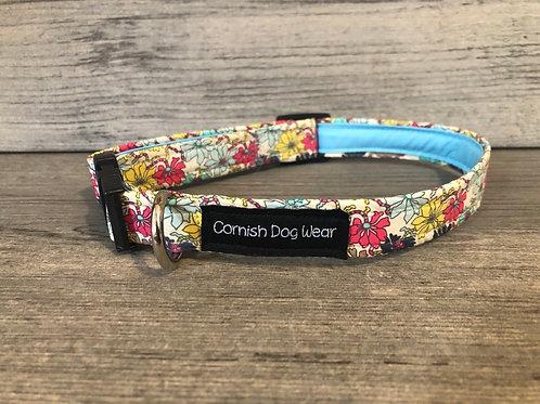 Freshly Cut Flowers Dog Collar