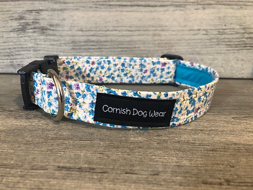 Ditsy Turquoise Flower Dog Collar