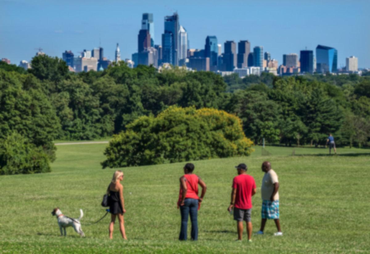 Fairmount-Park-Visit-Philadelphia-skylin