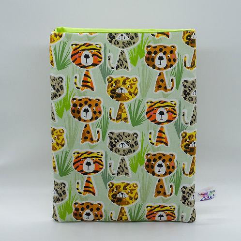 "Booksleeve ""Wild Cats"""