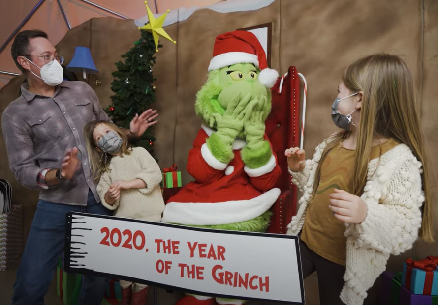 GrinchGrottofamilypic.png