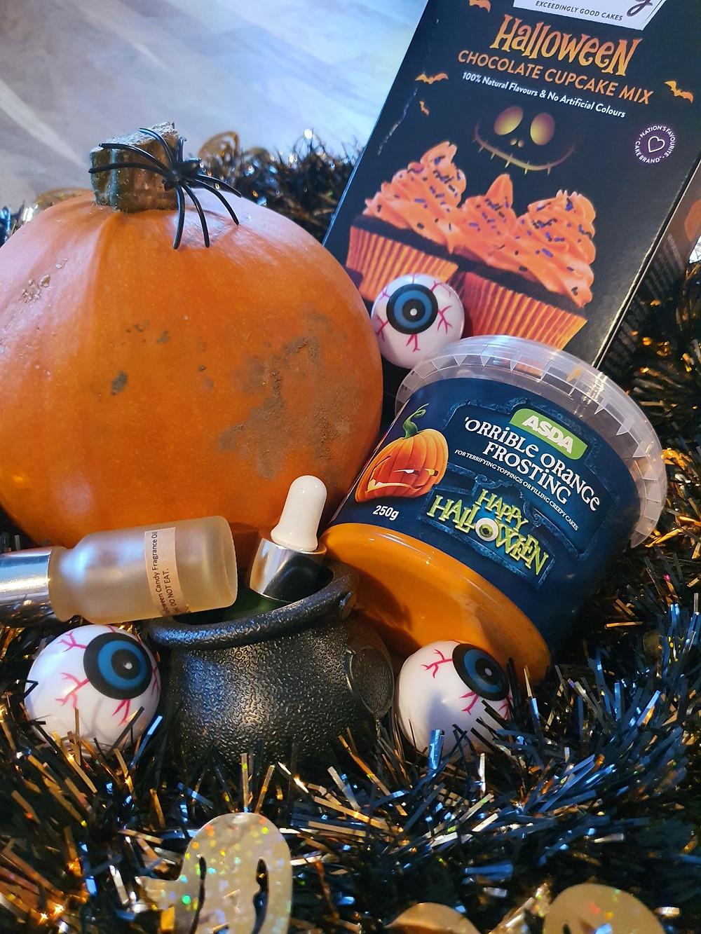 Cupcake, mr kipling, cake, eyeball, pumpkin, el unico, elunico, icing, orange