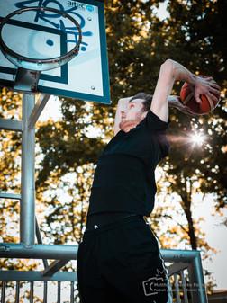 Basketball-Leon-Sprung