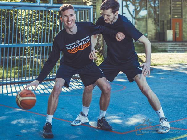 Street-Court-Basketball-Jonny-Leon