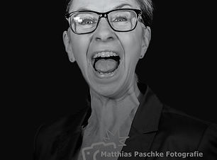 Angebot-PortraitFotografie-Schwarz-Weiß-