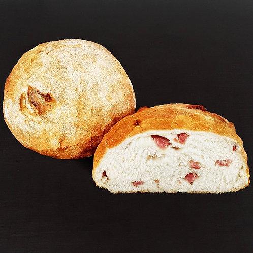 Pão Toscano com linguiça Blumenau