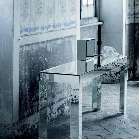 mirror-mirror-console-table-glas-italia-1200x1600.jpg