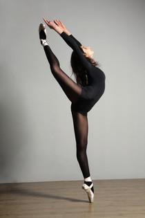 Proper Hip Movement In Dancers