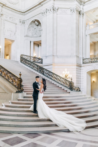 L & K | City Hall Bridal Photo Shoot