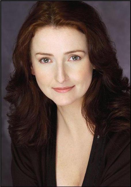 Julie DeVaere, Mezzo-Soprano