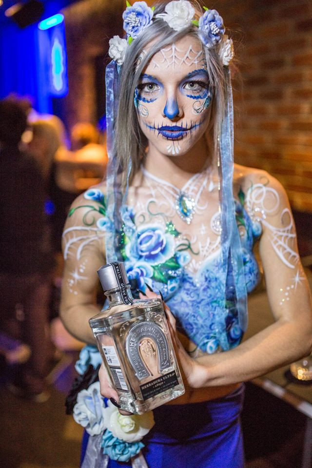 Day of the Dead inspired body painting by Brisbane artist Beth Joyce. Painted in shades of blue and white.