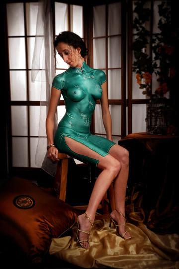Emerald green painted cheong sam by brisbane artist Beth Joyce.
