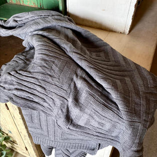 Concentric Square Throw Gray