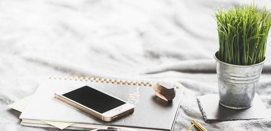 Did you know that only around 8% of people achieve their resolutions each year? Check out these tips on goal setting so that you can be successful!