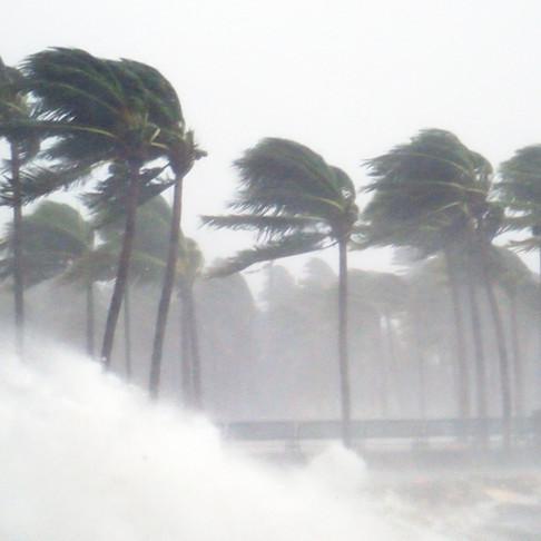 熱気球体験Q&A 「天候キャンセルはどのような流れですか?」
