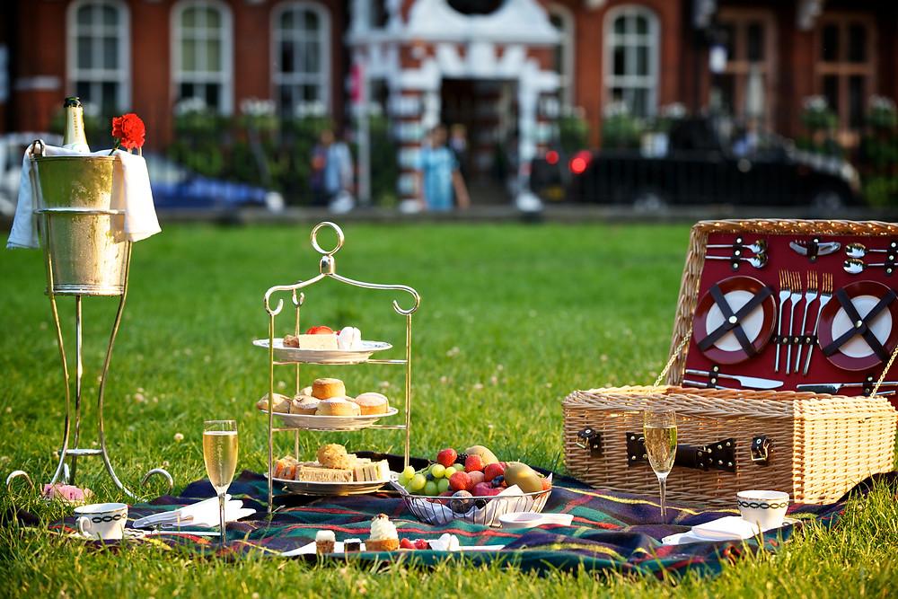 Milestone Hotel picnic Kensington Gardens