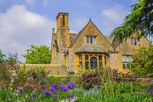 hidcote manor gardens in the english cotswolds, gloucestershire, midlands, england, uk.jpg