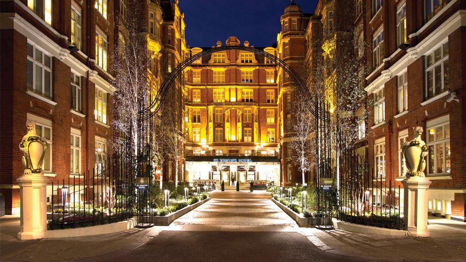 St. Ermin's Hotel, St. James', London