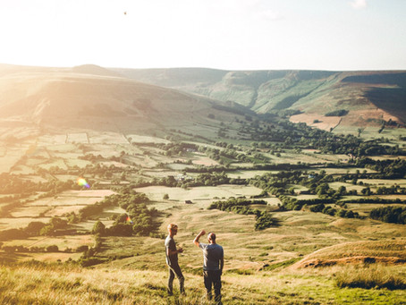 Stately homes, local food, and epic views in the Peak District