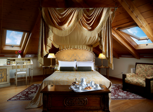 The Attic Suite in Hotel Grande Bretagne