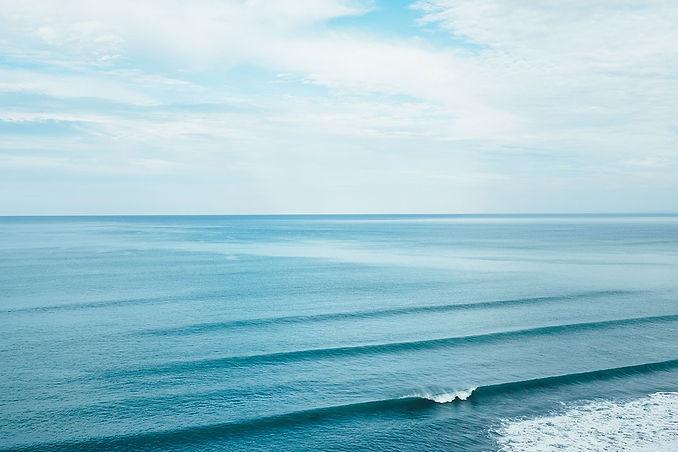 sunday arvo waves.jpg