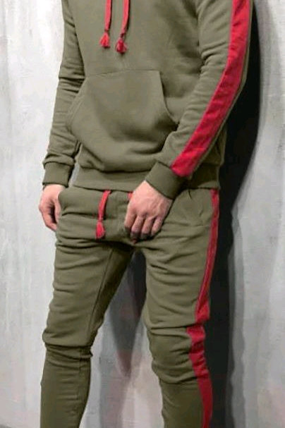 Divine Sleek Style Men's Tracksuits