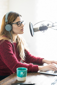 4 Ways Podcasting Can Revolutionize Your Business
