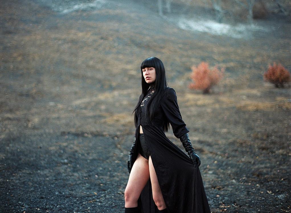San-Francisco-Dominatrix-Goddess-Faustine-Cox-Witch-BDSM-Bay-Area-FemDom