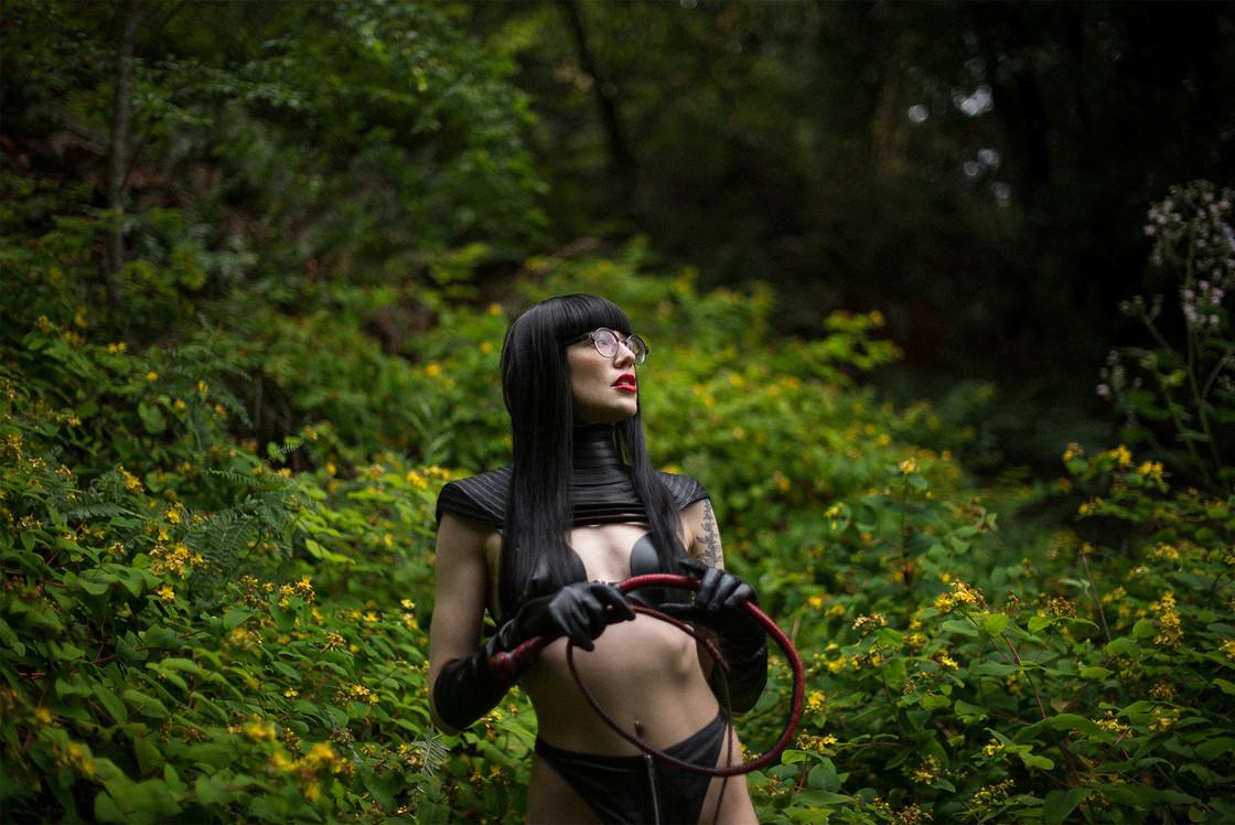 Goddess-Faustine-Cox-San-Francisco-Dominatrix-Gelereh- Forest3-edit.jpg