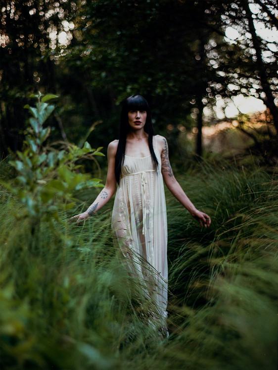 San-francisco-dominatrix-goddess-faustine-cox-forest-reeds.jpg