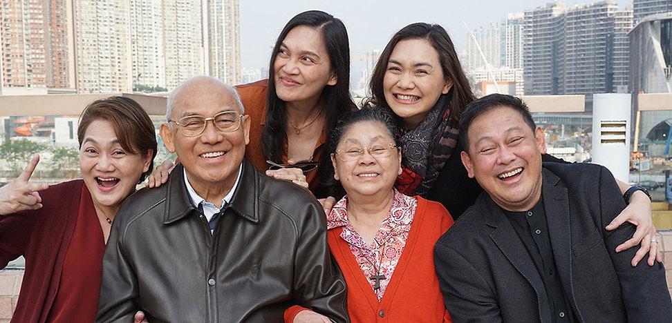 Nakar Family_edited.jpg