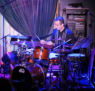 Mauricio de Souza at Blue Note 2015.jpg