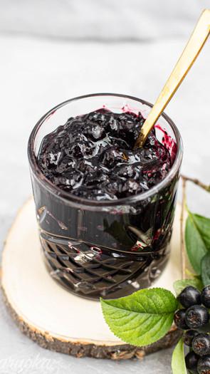 Sokeriton marja-aroniahillo