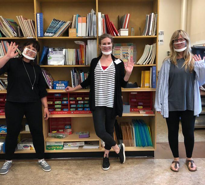 masque fenetre personnel scolaire