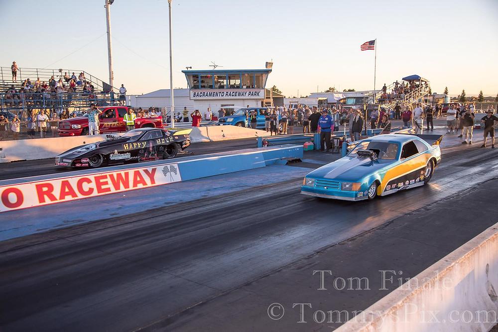 Tony Trimp (Far) vs James Maher (Near)