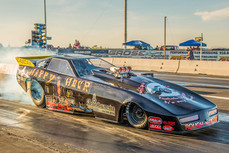 It's Happy Hour at the 2018 Funny Car Fever