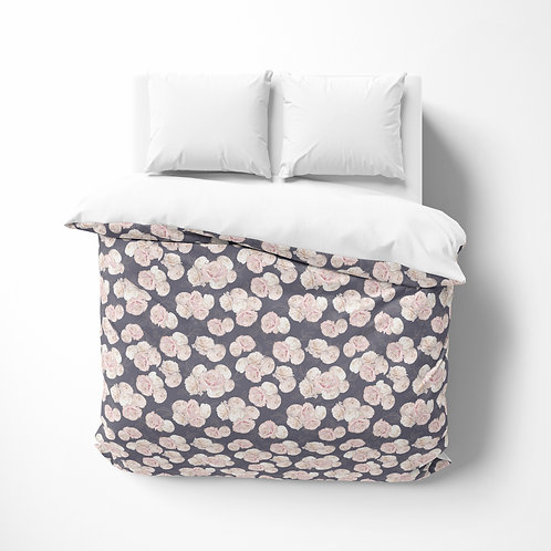 Personalized comforter - Roses on plum