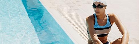 Nadador by the Pool