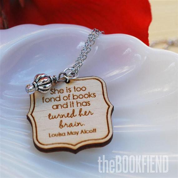 alcott necklace.jpg