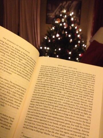 xmas tree reading.jpg
