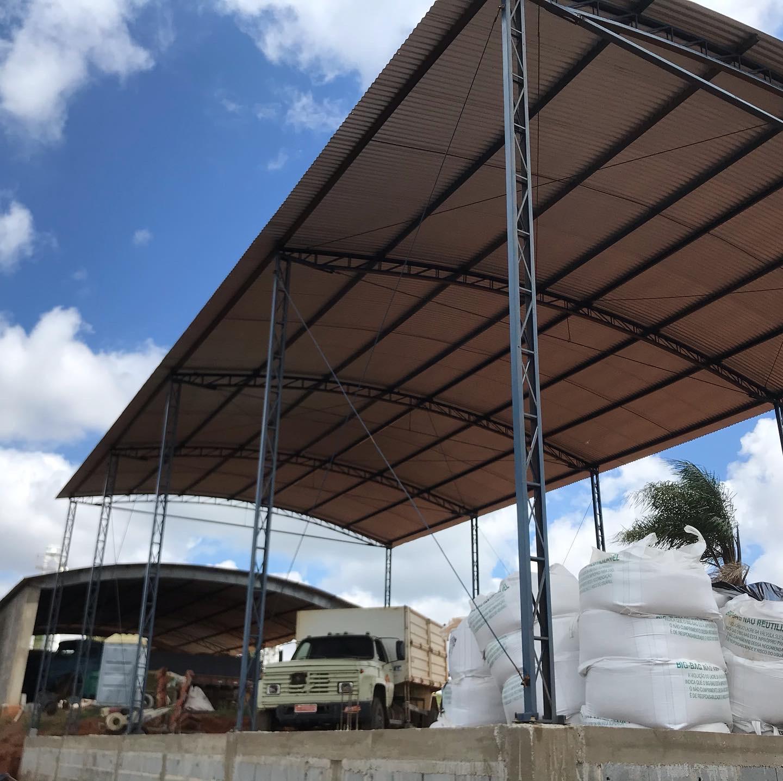 Estrutura Metálica no bairro Babilônia - Juruaia MG
