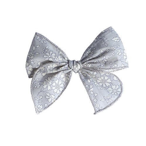 Vintage Bow/ Floral Breeze
