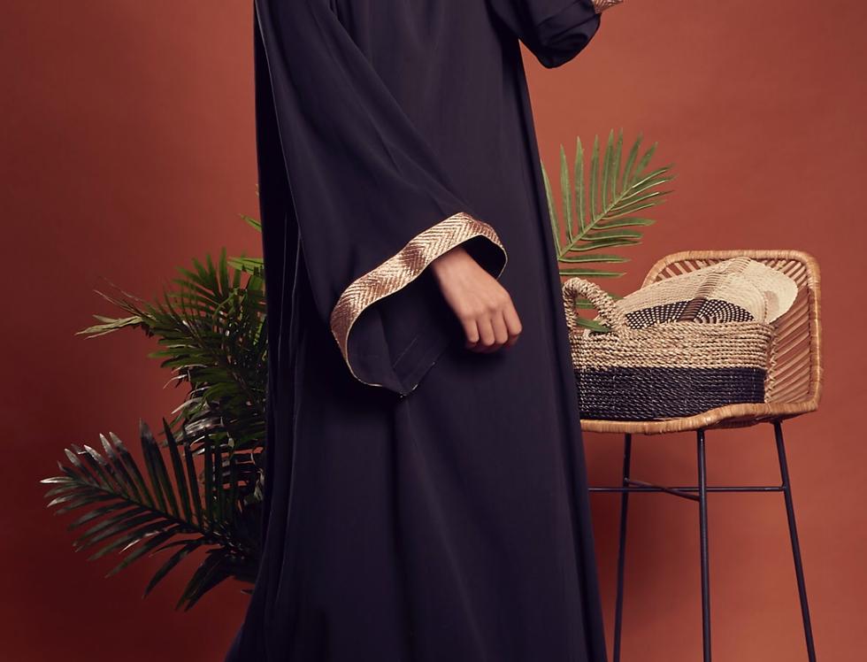 Bronze lining noir dress