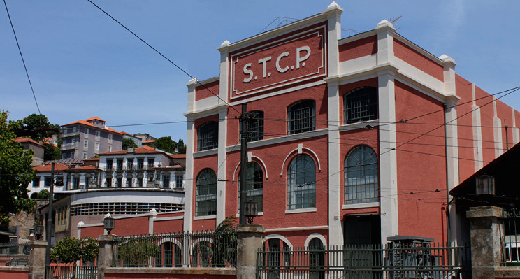 STCP MASSARELOS CARRO ELÉTRICO