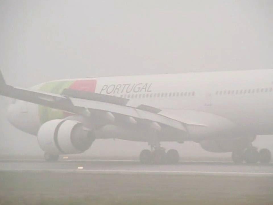 mau tempo em lisboa desvia aviões para porto