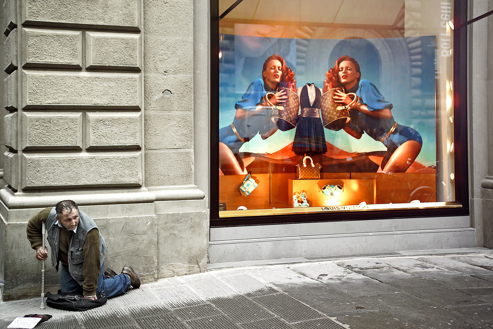 Beggar, Sienna Italy