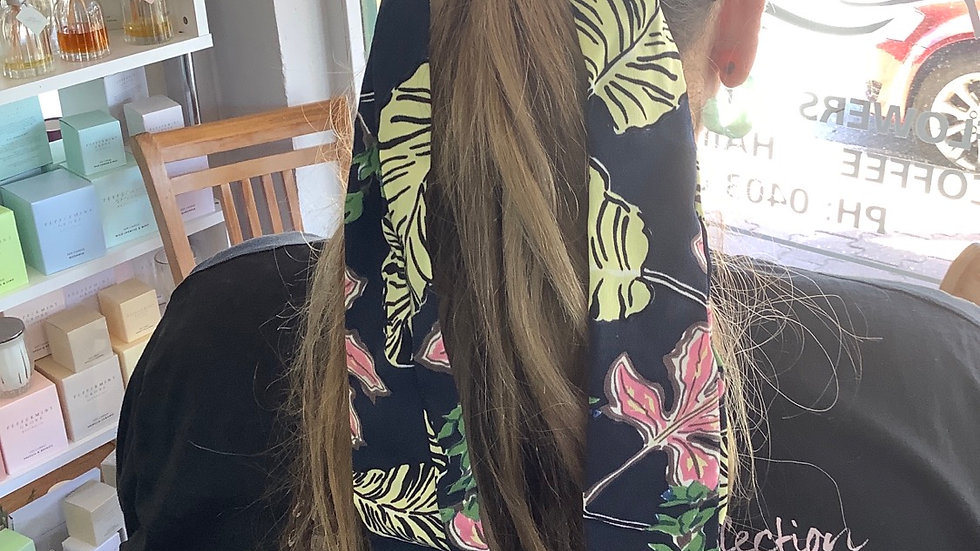 Hair scrunchie