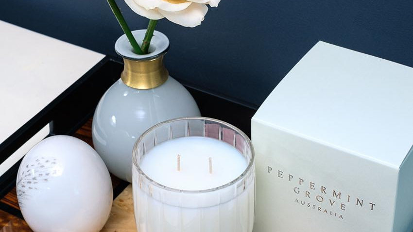 Lily and Lotus flower diffuser