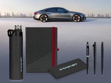 Sportlich und komfortabel – Die neue Audi RS e-Tron GT Werbekollektion
